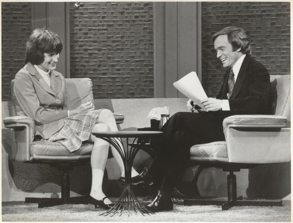 Jan Morris and Dick Cavett, 1974