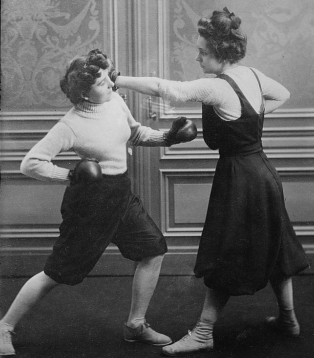Women_Boxing_Mrs_Edwards_and_Frl_Kussin