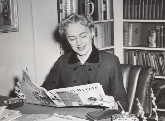 Jorgensen_Christine_1953_03_Reading_Obverse_post